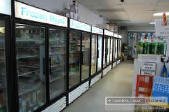 buy | Convenience store with LCBO, lotto, atm, motel | CA497127-3